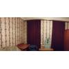 Сдается на длительный срок квадратная комната в чистой и тихой коммунальной квартире.