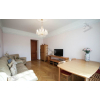 Сдается 3-комнатная квартира в хорошем благоустроенном районе.