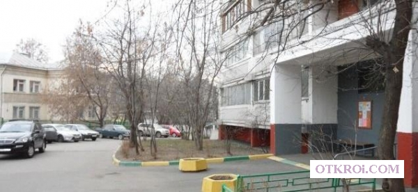 1-комнатная квартира в развитом благоустроенном районе.