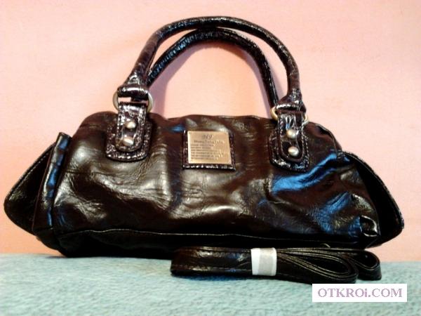 Женская сумочка-отличный подарок