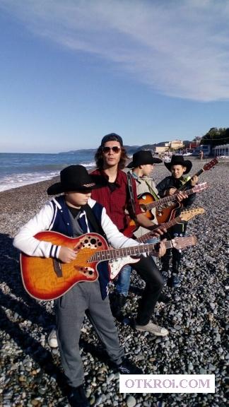 Современный блюз-рок на электрогитаре для новичков