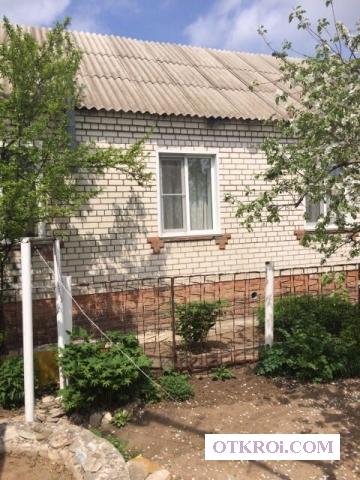 Комфортабельный кирпичный дом 70 кв.      м.