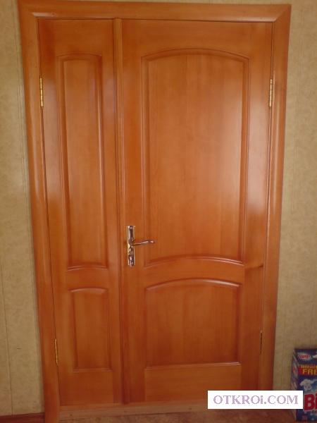 Двери из сосны.