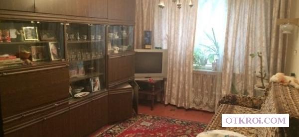 Сдаётся замечательная двухкомнатная квартира в жилом состоянии.