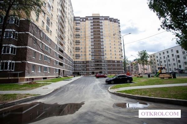 Жилой комплекс расположен в одном из самых заповедных мест Красногорского района,  поселке Нахабино.