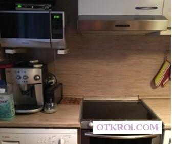 Квартира с евроремонтом,  полностью упакована,  включая кондиционеры и посудомоечную машину.