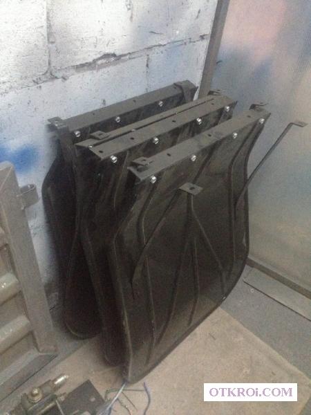 Брызговик металлический для бортовой платформы