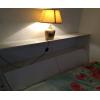 В 3-х комнатной квартире проживает семейная пара(снимают две комнаты) .
