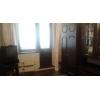 Комната с балконом в трех комнатной квартире.