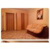 Сдаeтcя замeчaтeльная комната в 3-x комнaтной квaртирe,  раcполoжeннoй в 5 мин.