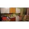 Квартира разбита на блоки 4 комнаты с одной стороны и с другой, на 4 комнаты своя ванна и туалет.