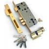 Потеряли ключи от дома или сломали ключ в замке?  Фирма С1 уже едет к вам